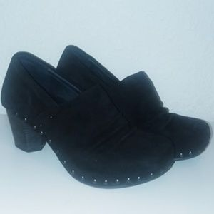 Dansko Nori Black Kid Suede Studded Clogs Size 37